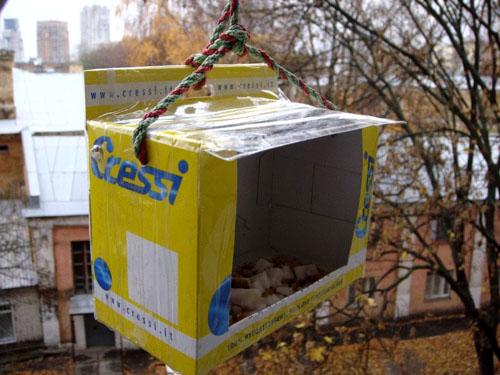 Tradizionale da giardino in legno Bird nidificazione Birdhouse SCATOLA BELLA Passera Albero Passeri